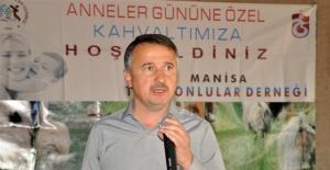 Manisa Trabzonlular Derneği Anneleri Unutmadı.