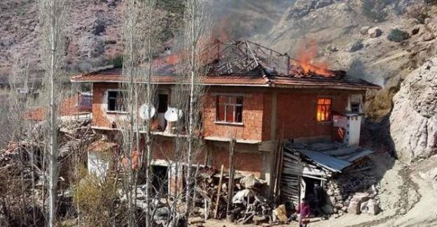 Demirci'de Ev Yangını