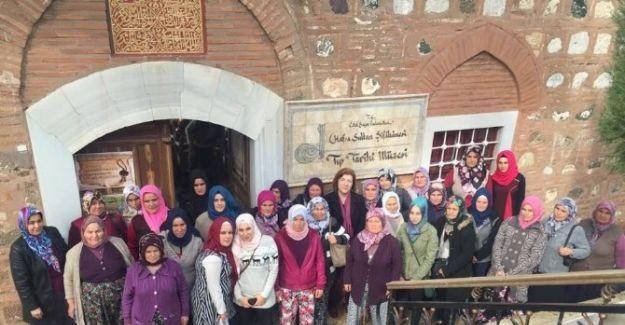 Salihlili kadınlar Manisa'yı gezdi