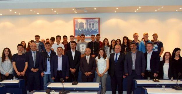 İki kültür Türk kimliği altında buluşuyor