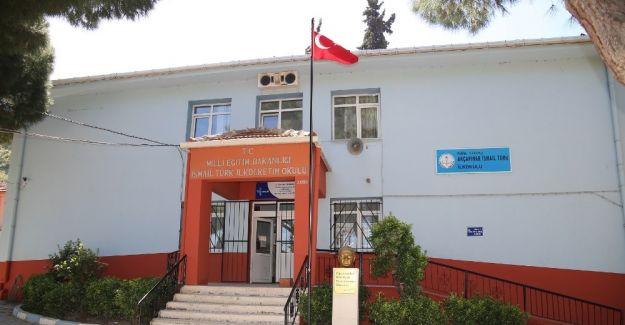 İsmail Türk Ortaokulu yeni görünümüne kavuştu