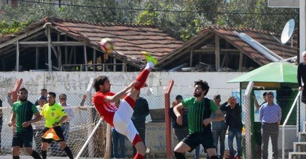 Sarıgöl Belediyespor BAL'a yaklaştı