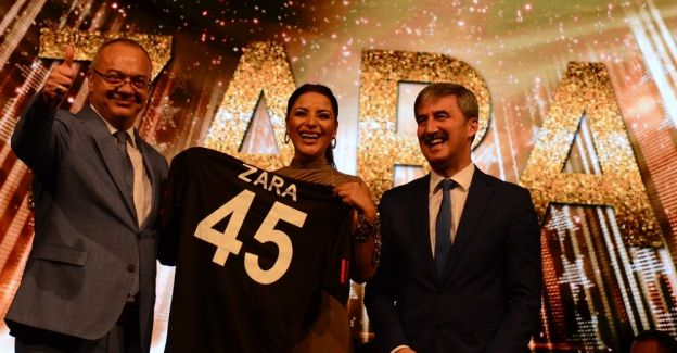 Zara'dan Turgutlu'da muhteşem konser
