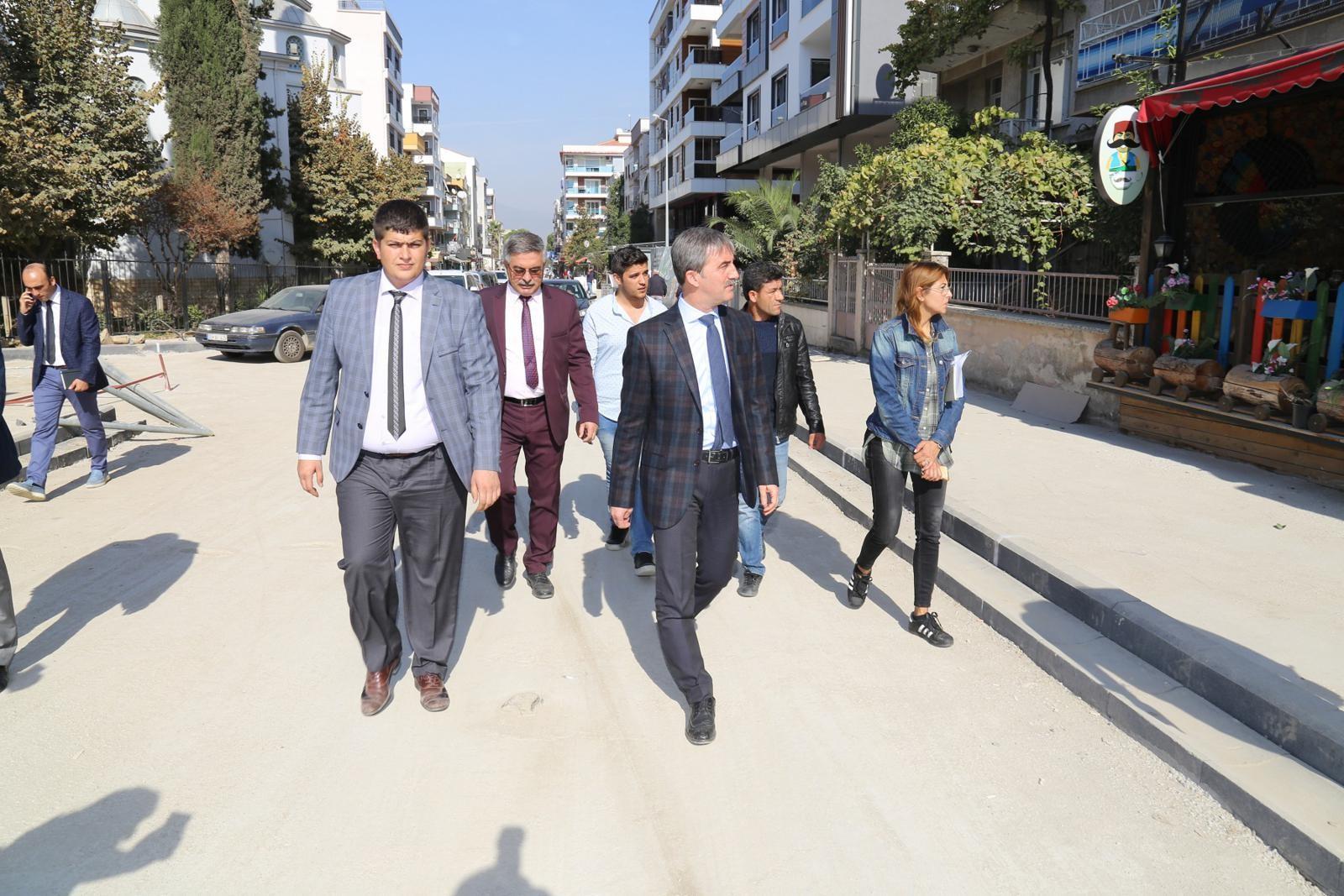 Turgutlu'nun Prestij Caddesi Hızla İlerliyor