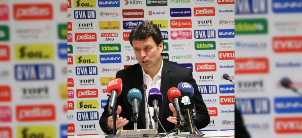 """Cihat Arslan: """"Maçı kazanamadık ama ileriye dönük bazı oyuncularımızı kazandık"""""""