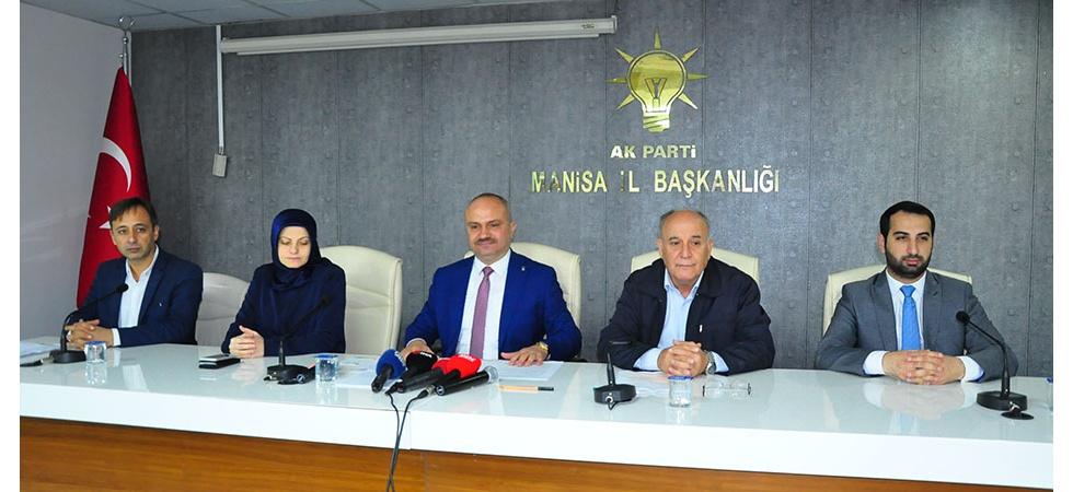 Manisa AK Parti'den tebdili kıyafetle aday araştırması