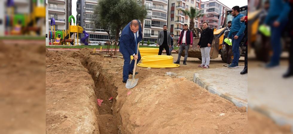 Alaşehir'de doğalgaz için ilk kazma vuruldu