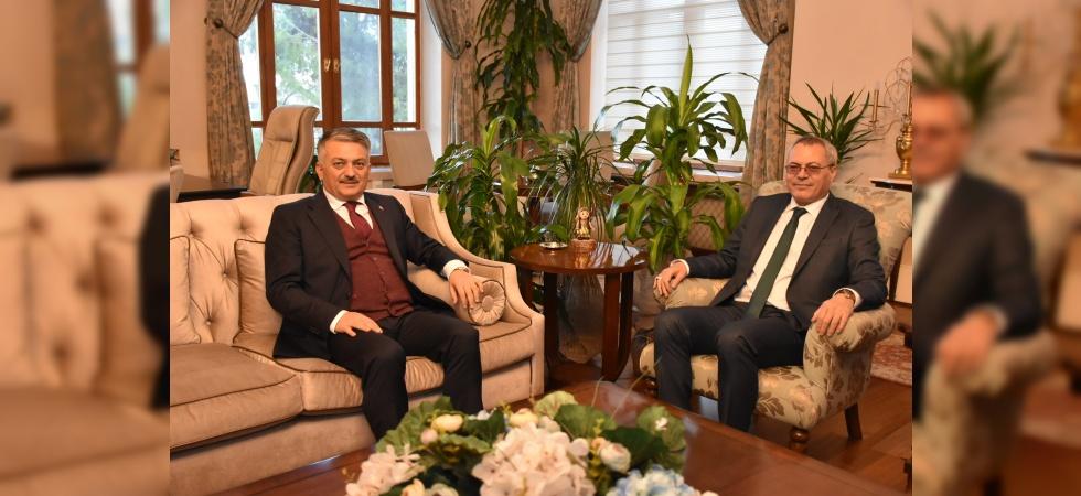 Manisa Valisi Deniz, Balıkesir Valisi Yazıcı'yı ağırladı