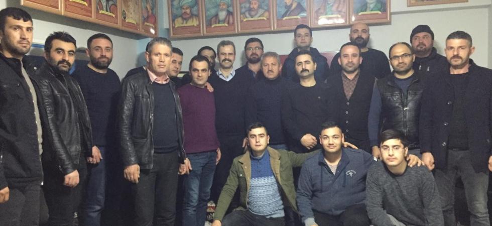 Akhisar Ülkü Ocakları Ahmet Arvasi'yi yâd etti