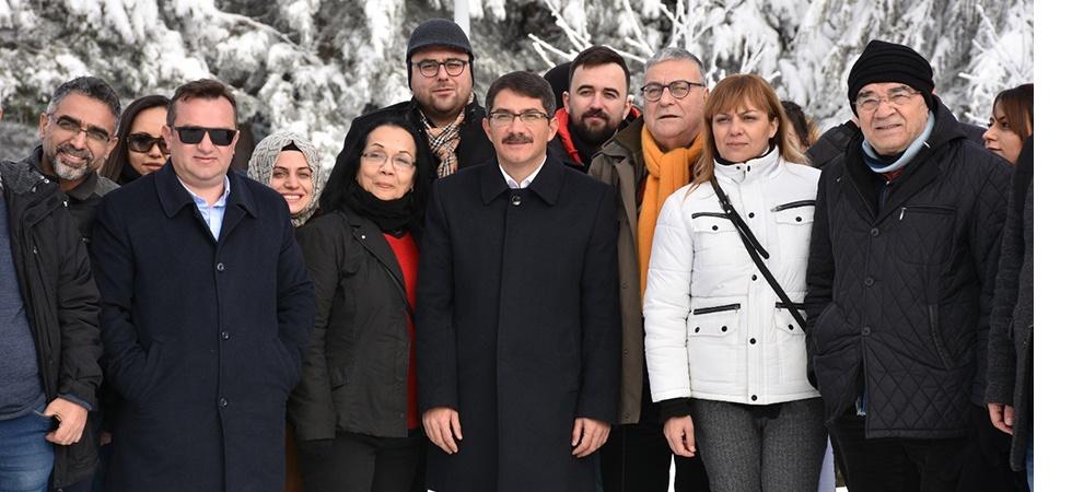 Şehzadeler Belediyesi gazetecileri Spil'de ağırladı