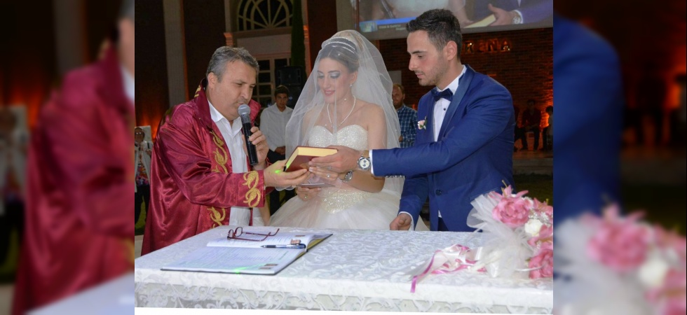 Yunusemre'de bin 500 çift mutluluğa 'evet' dedi