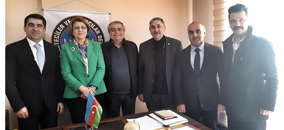 Azerbaycan'dan Gelen Heyet Gazeteciler ve Yayıncılar Derneğini Ziyaret Etti