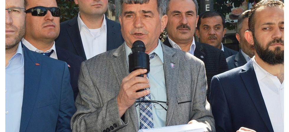 Manisa'dan 'İstiklal de istikbal de ezansız olmayacak' pankartı