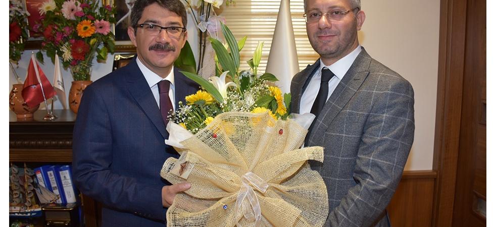 AK Parti Şehzadeler Teşkilatlarından Başkan Çelik'e Tebrik