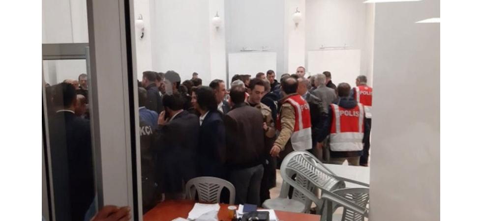 Maltepe'de oy sayımına ara verildi