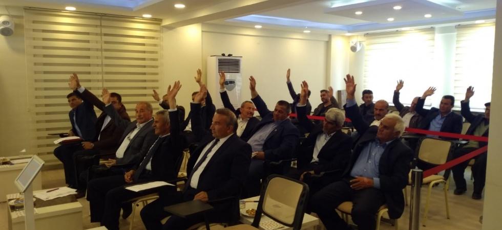 Selendi Belediye Meclisinde seçimden sonra ilk toplantı