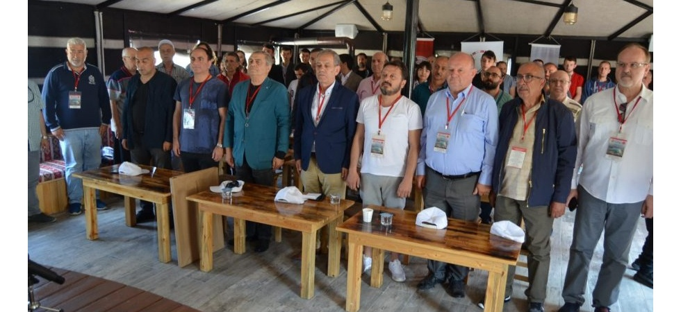 Bursa'da gazeteciler 'imdat' çağrısı yaptı
