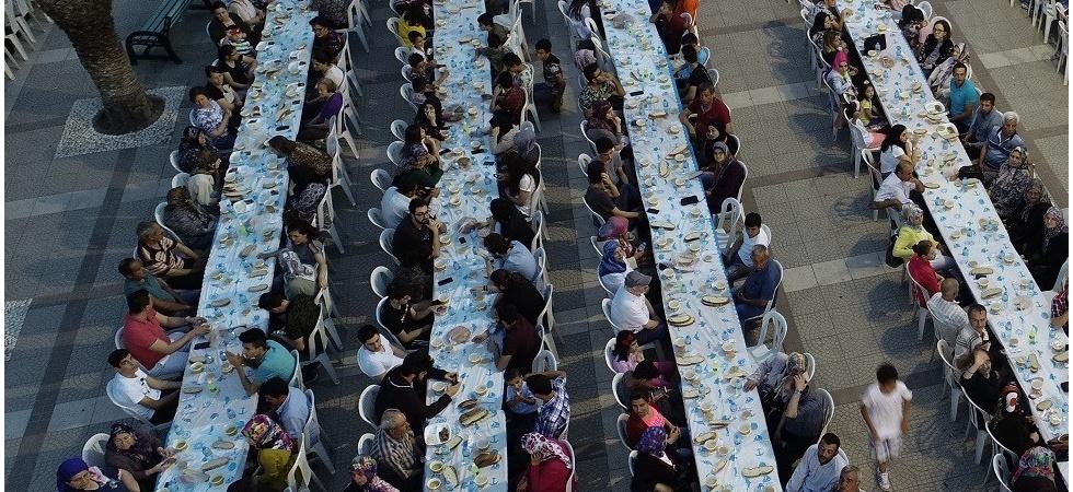 Turgutlu Belediyesinden büyük iftar sofrasına davet
