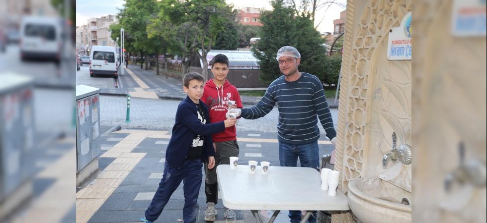 Turgutlu'da iftar çorbaları ikram çeşmesinden