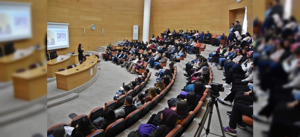 Akhisar'da Disleksi Farkındalık Semineri verildi