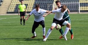 Akhisarspor'un Gençleri Konya'yı...