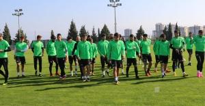 Akhisarspor'da Sevilla maçı hazırlıkları sürüyor
