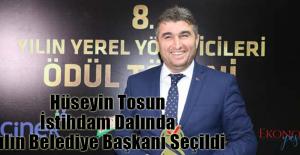 Hüseyin Tosun İstihdam Dalında Yılın Belediye Başkanı Seçildi