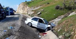 Virajı alamayan araç şarampole uçtu: 1 ölü