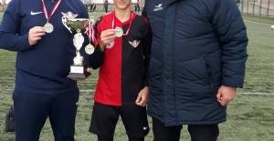Somalı genç 14 yaşında Fenerbahçe#039;ye...