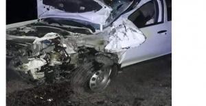 Otomobil ile motosiklet kafa kafaya çarpıştı: 2 ölü, 1 yaralı