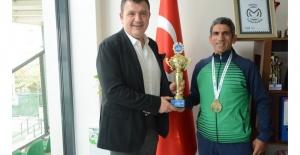 Şampiyon İstanbul'dan da birincilikle döndü
