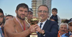 Alaşehir'de 1. Kırkpınar Yağlı Güreş Festivali Düzenlendi