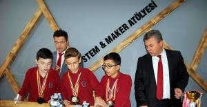 Avrupalı Öğrenciler Salihli'de Eğitim Görecek