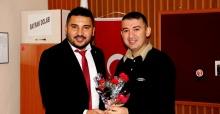 AK Parti'li gençler öğretmenleri unutmadı