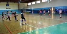 Yunusemre'de yaz voleybol kursu başlıyor