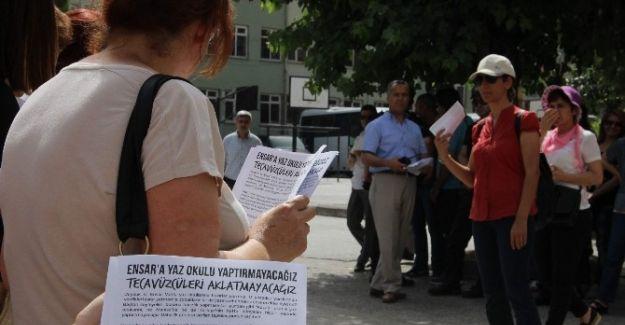 ENSAR VAKFINDA PROTESTOLU BAŞLANGIÇ..