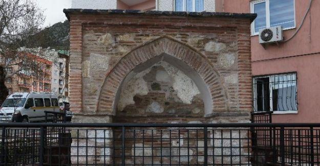 Tarihi Dokur Çeşmesi Restore Edildi