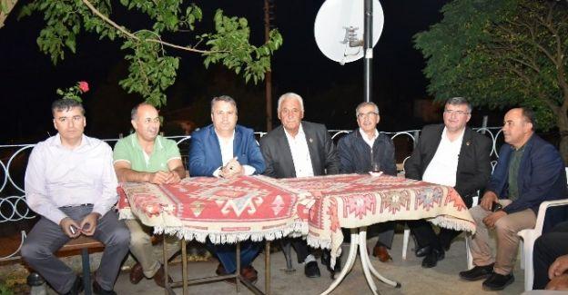 Yunusemre Şamar'da İftar Sofrası Kurdu