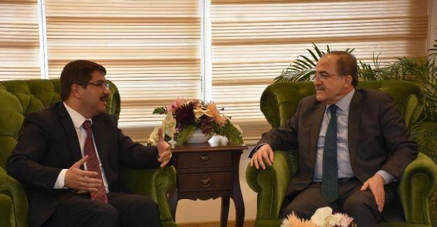 Bakan Yardımcısı Alpay Şehzadeler'i ziyaret etti