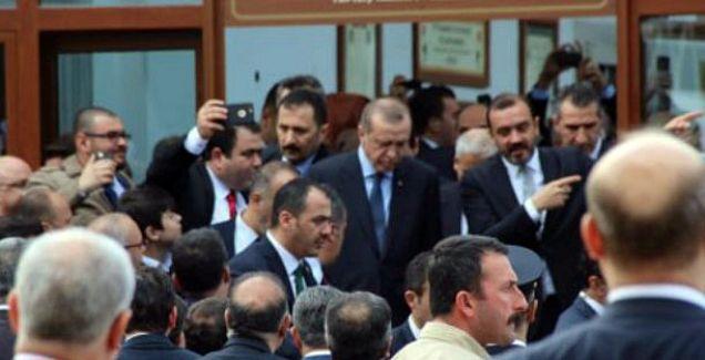 Cumhurbaşkanı Erdoğan Cuma namazını Manisa'da kıldı
