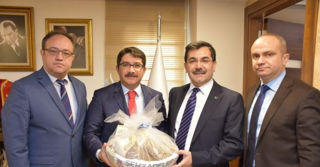 Şehzadeler Belediyesi Salih Koca'yı ağırladı