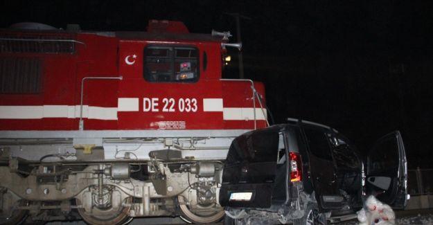 Tren kazasında ölü sayısı ikiye yükseldi