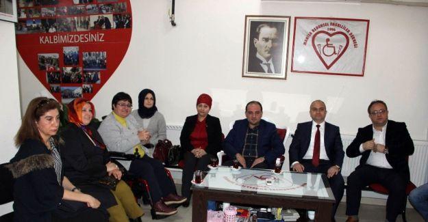 AK Partili Baybatur'dan CHP'ye eleştiri