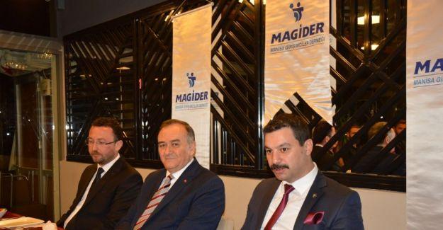 MAGİDER'den referandum öncesi siyasilerle buluşma