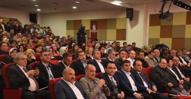 AK Partili Baybatur yeni Anayasayı anlattı