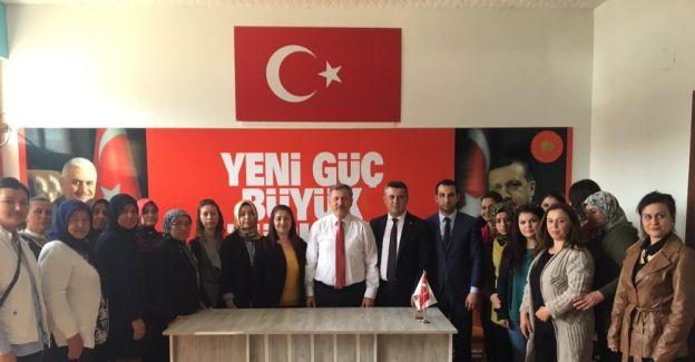 """AK Parti'li Özdağ: """"Kılıçdaroğlu'nun tüm Türkiye'den özür dilemesi gerekiyor"""""""