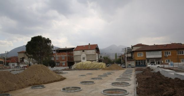 Soma'da meydan projesi devam ediyor