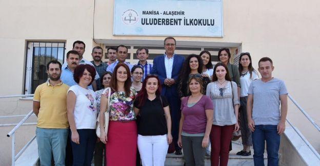 Alaşehir Belediyesi 'Çocuklar gülsün' diye çalışıyor