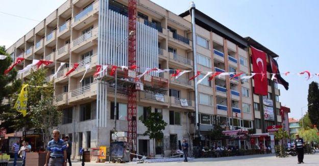 Alaşehir Belediyesi yeni hizmet binası için gün sayıyor