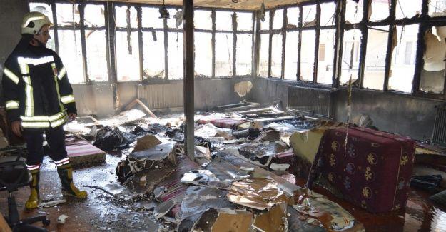 Kur'an kursunda çıkan yangın korkuttu